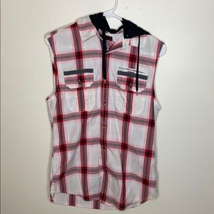 G by Guess sleeveless button down shirt